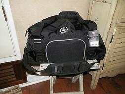 OGIO BIG DOME BLACK DUFFLE GYM OR CARRY ON BAG MENS OR WOMEN d0363f0ca1